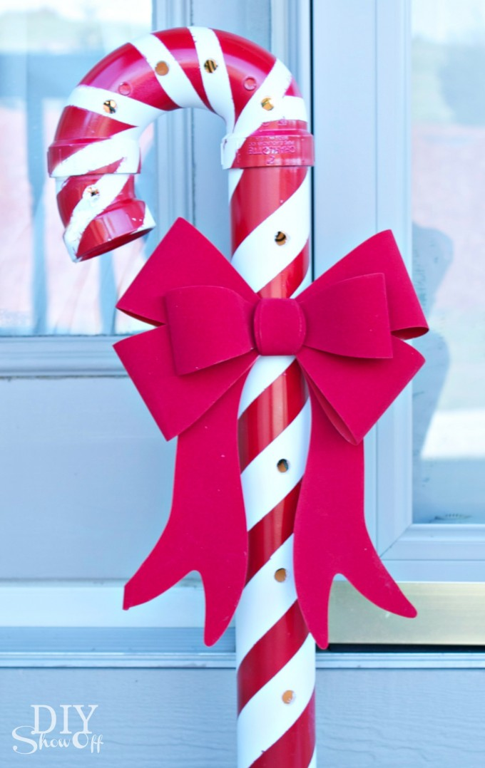 DIY Lighted PVC Pipe Candy Canes Thewowdecor