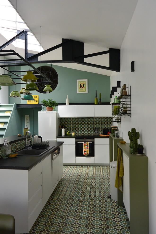 Eclectic L-shaped Open Concept Kitchen