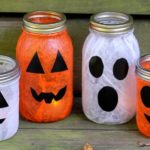 30 Best Halloween Mason Jar Ideas To Impress Everyone