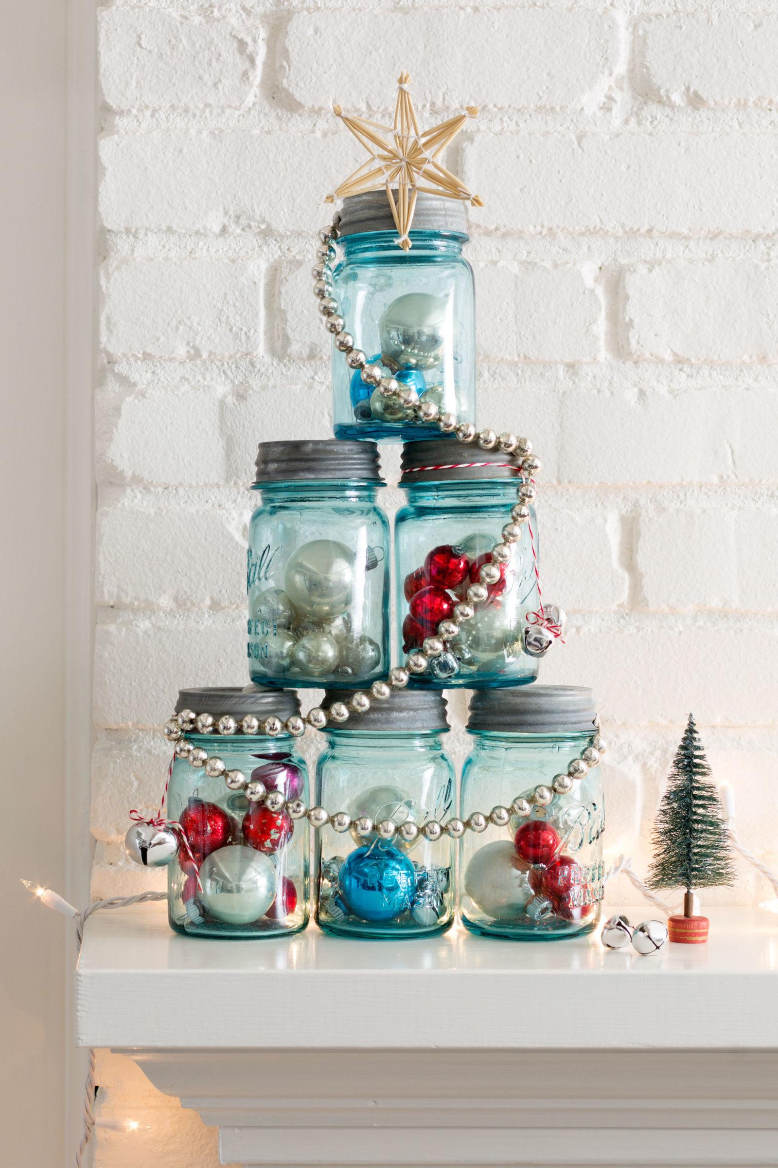 Mason Jar Christmas Tree Thewowdecor