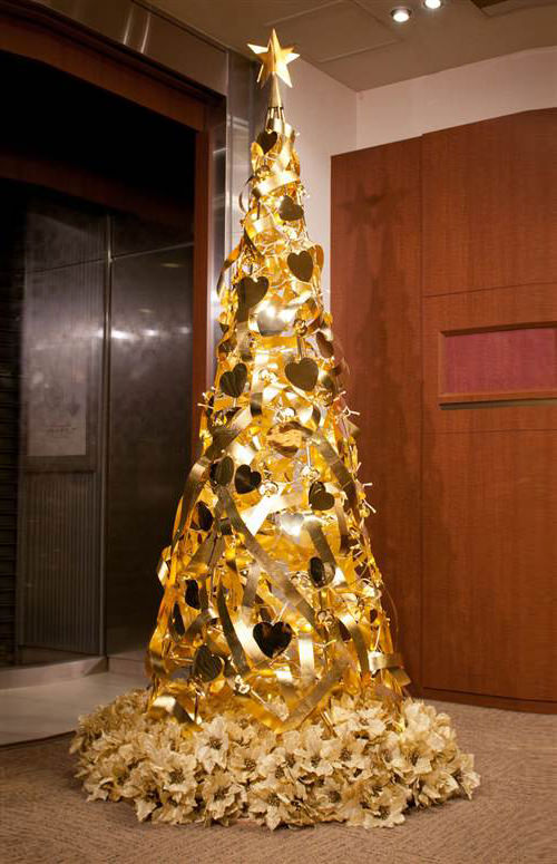 Pure Gold Christmas Tree Thewowdecor