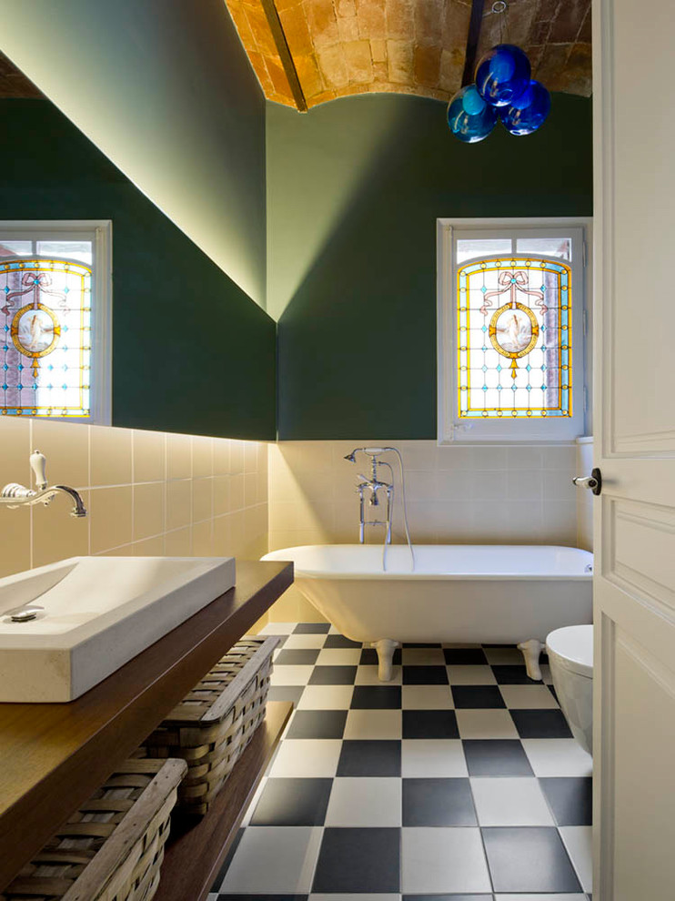 eclectic-bathroom