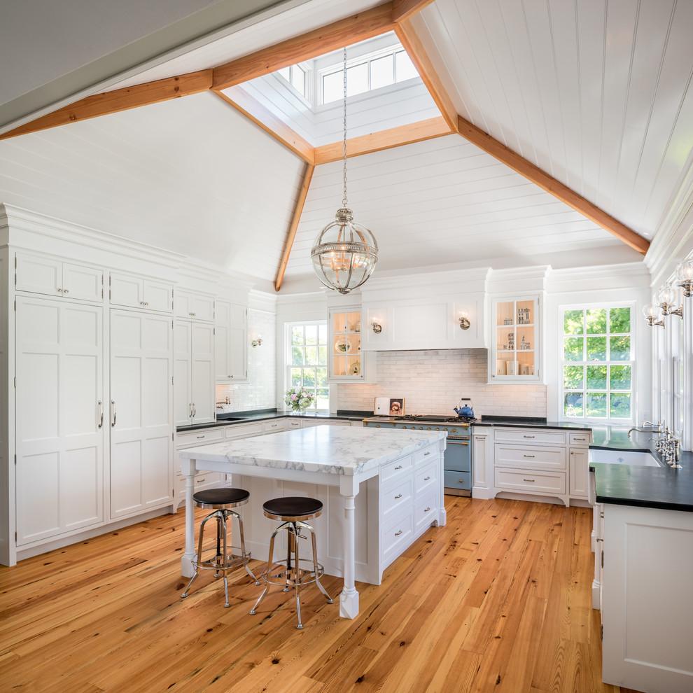 traditional-kitchen-attic