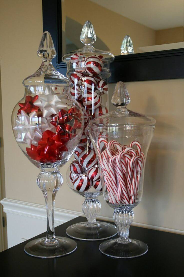 Candy Cane Themed Apothecary Jars thewowdecor