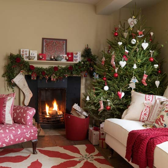Christmas Living Room Decor Ideas thewowdecor (26)