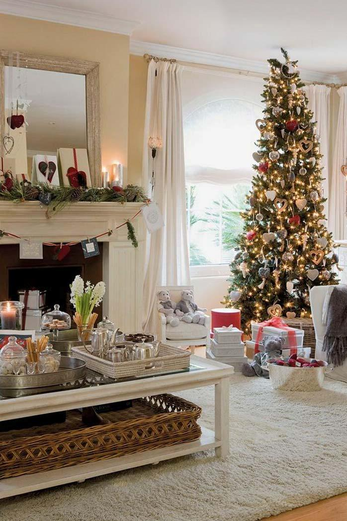 Christmas Living Room Decor Ideas thewowdecor (39)