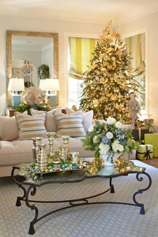 Christmas Living Room Decor Ideas thewowdecor (42)