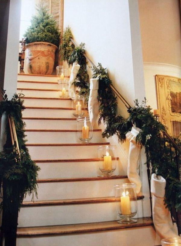 Christmas Stairs Decoration Ideas thewowdecor (35)