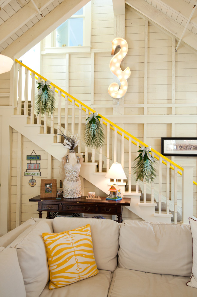 Christmas Stairs Decoration Ideas thewowdecor (41)