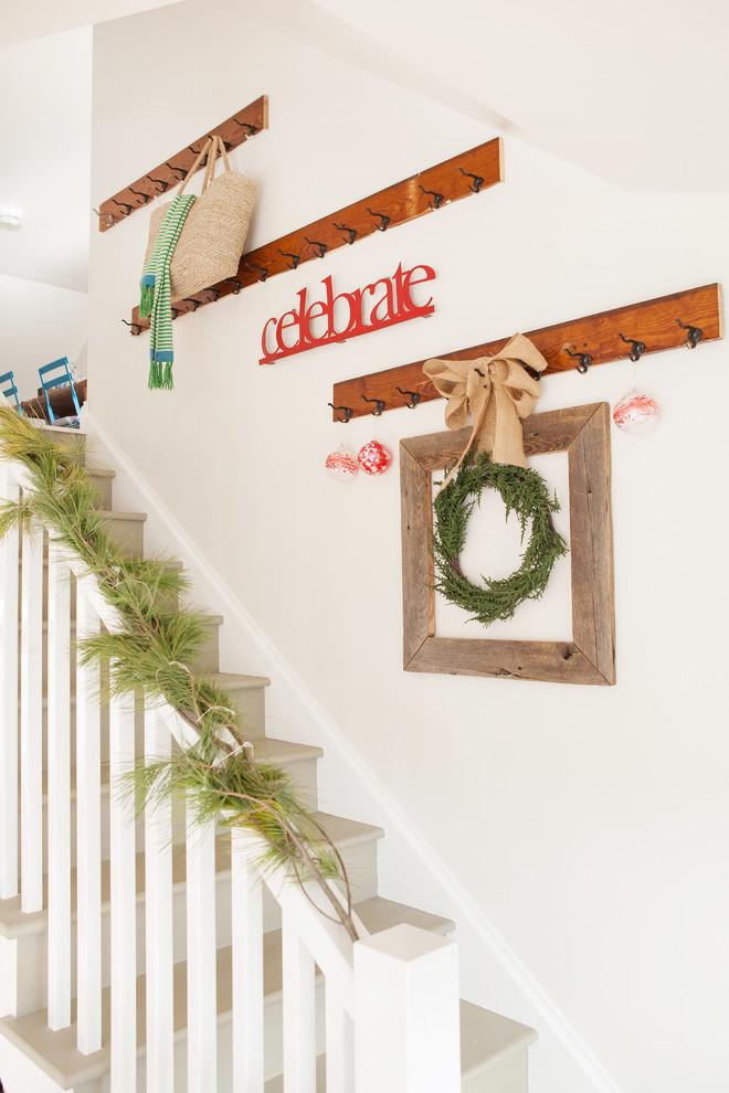 Christmas Stairs Decoration Ideas thewowdecor (6)