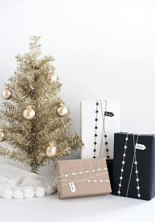 Modern Christmas Tree Ideas (15)