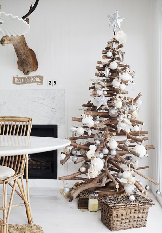 Modern Christmas Tree Ideas (20)