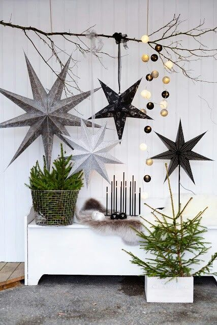 Modern Christmas Tree Ideas (3)