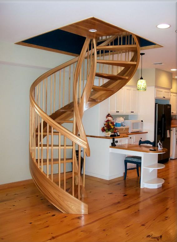 Wooden Spiral Staircase (15)