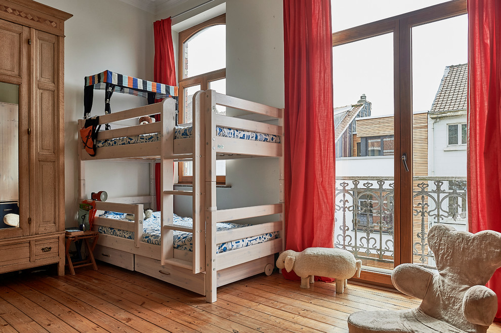 Medium Tone Wood Floor Kids Bedroom Thewowdecor