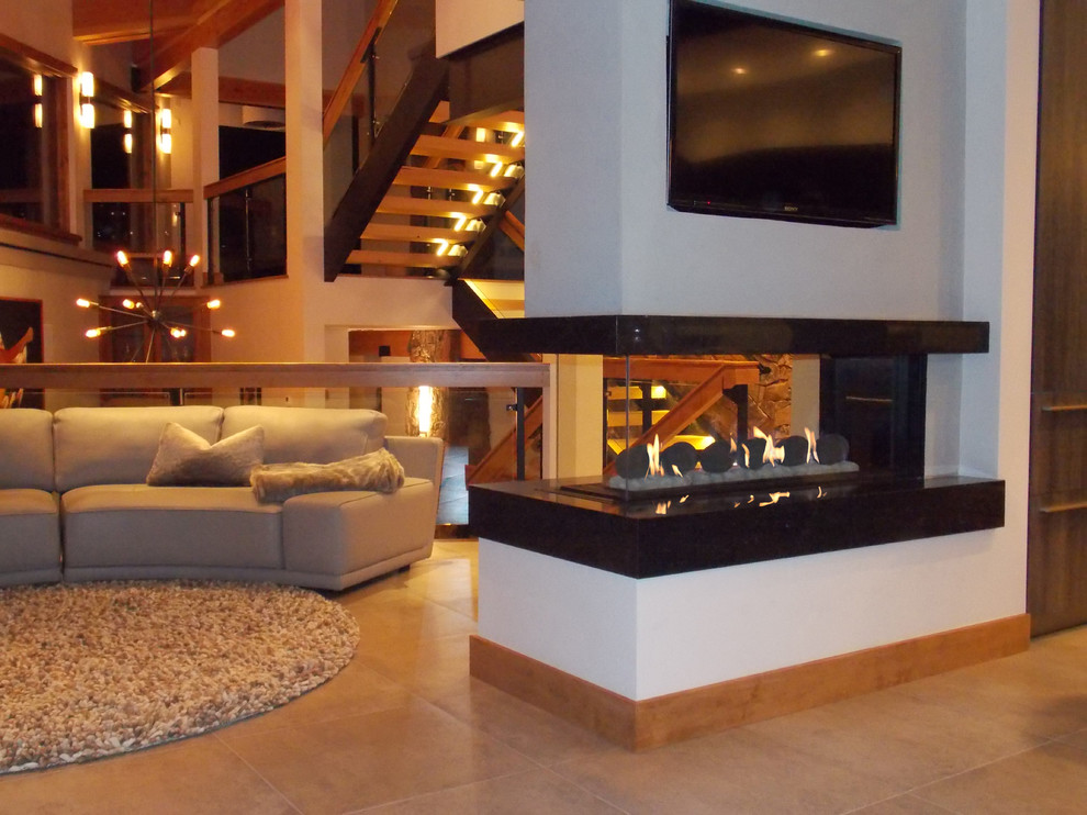 Contemporary Living Room Fake Fireplace Mantel