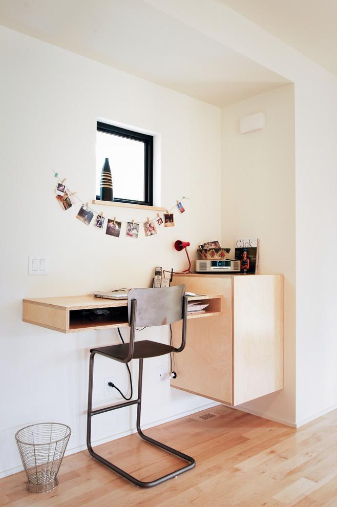 Computer Workstations (6)