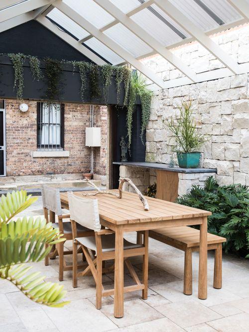Outdoor Courtyard Design Ideas (2)