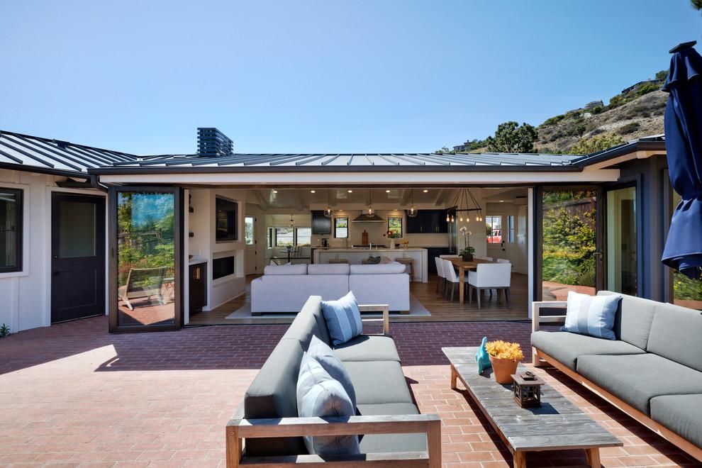 Outdoor Courtyard Design Ideas (31)