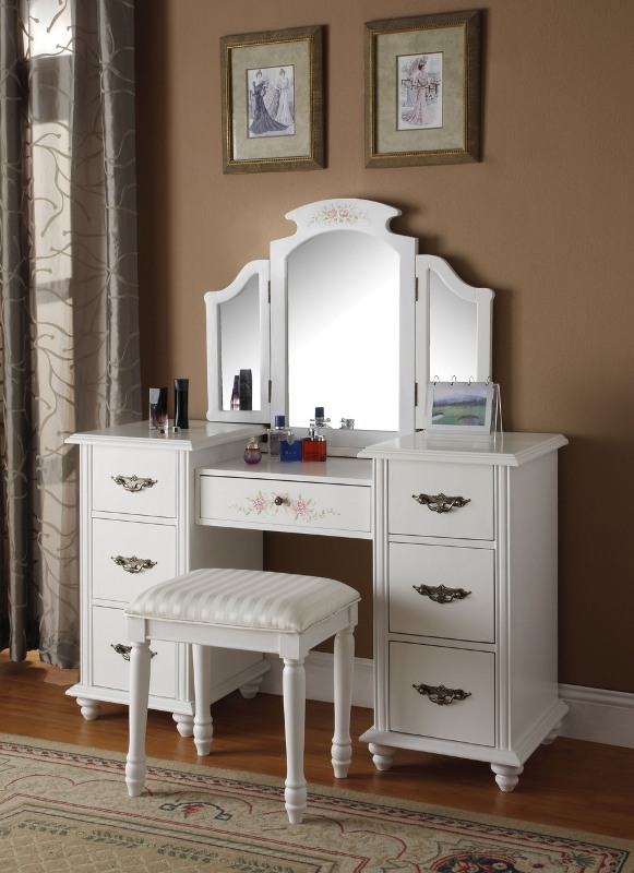 Consider the features of vanity dressing table