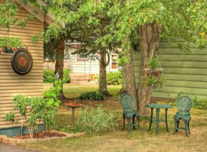 Top Tips for Creating a Yard Perfect for Entertaining and Relaxing
