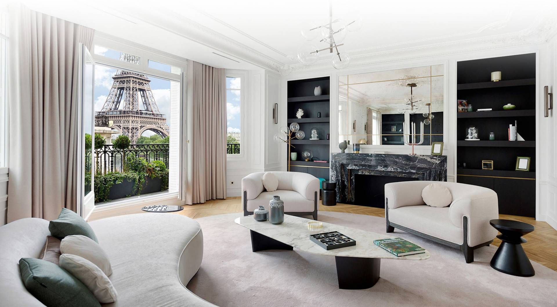 How Challenging Will It Be to Purchase an Apartment in Paris
