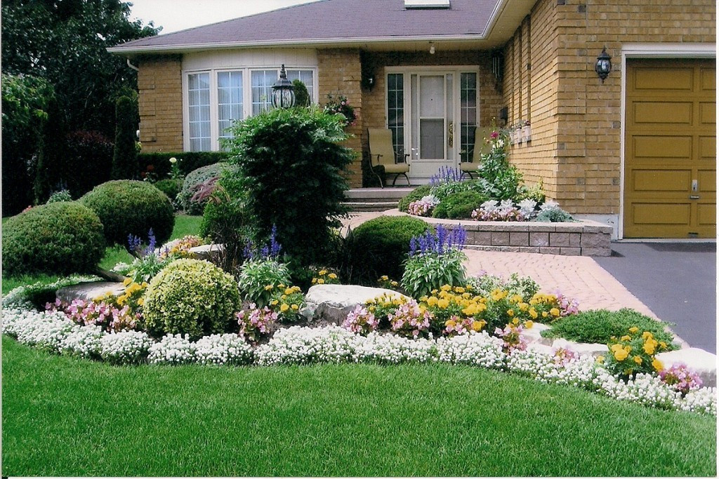 flower bed designs for front of house Small Flower Bed Ideas For Front House