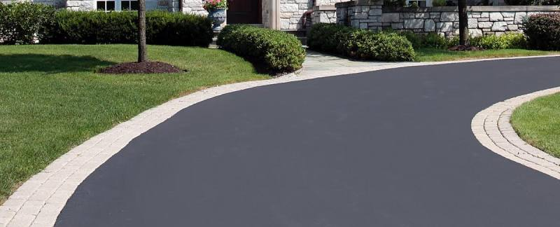 How long does properly paved asphalt last