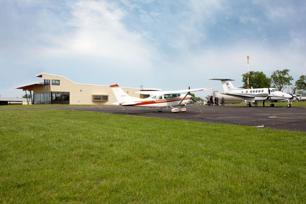 Carroll County Airport, Eureka Springs, Arkansas