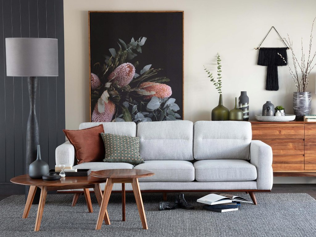 Choosing Between These Types of Sofas
