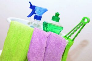 How to Properly Clean a Home Before Moving In