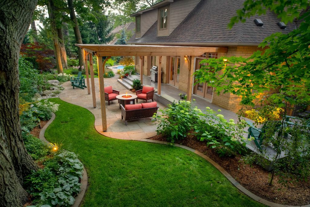 Exciting Backyard Design Makes Your Entire Life Better