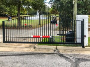 Choosing a Security Swing Gate for Your Business
