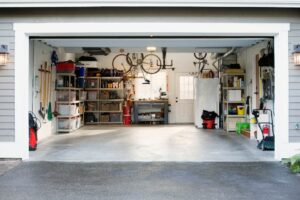 5 Top Advantages Of Epoxy Floors For Garage Doors