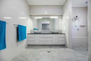4 Tips for Hiring the Right Bathroom Remodeling Contractor