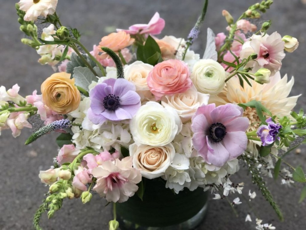 Send Flowers to the USA