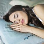 8 Simple Life Hacks for Healthy Sleep and Comfort Bedroom