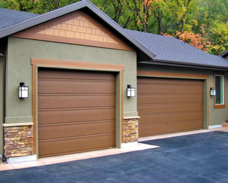 A well-functioning garage door can keep you secure during inclement weather.