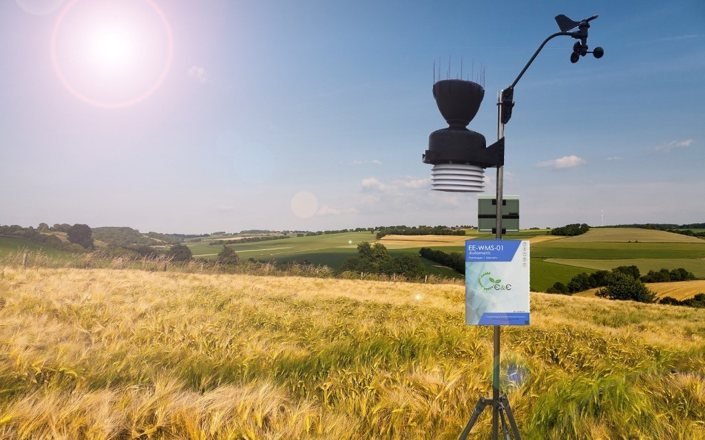 Outdoor weather stations