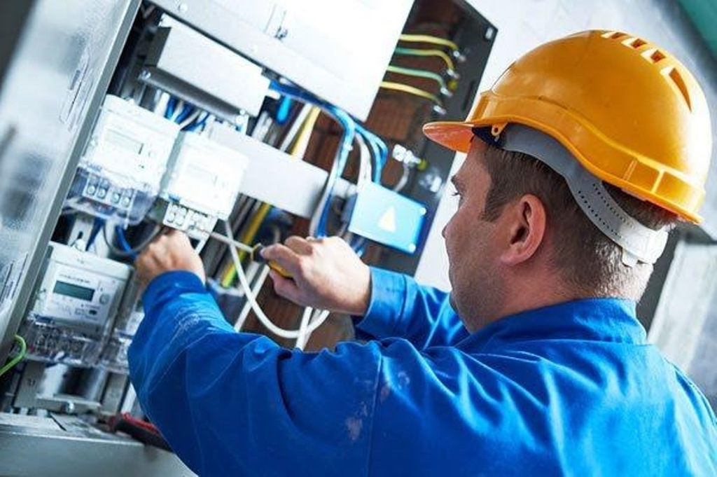 Why hire the best Electrician
