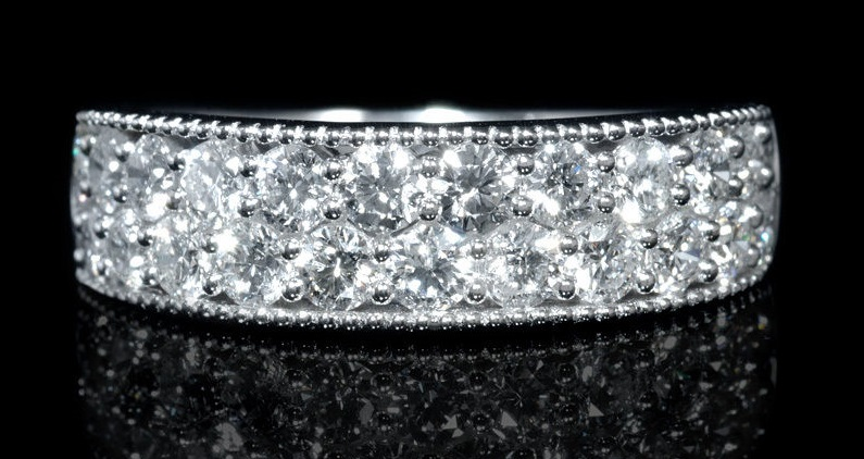 Diamond Antique Style 18k White Gold Ring