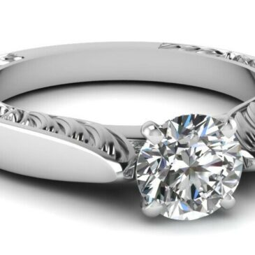 A Gorgeous 1.75 Ct Round Cut Conflict Free Diamond Solitaire Engagement Ring GIA Certified