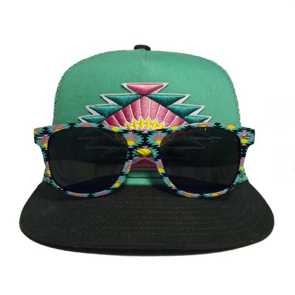 Arizona Iced Tea Vintage Split Sun Sunglasses and Snapback