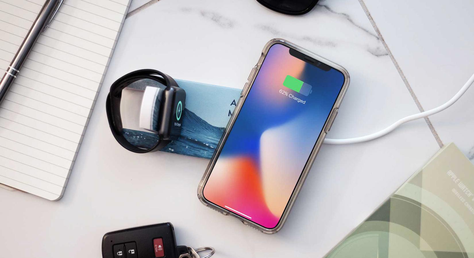 #25DaysOfGifting: Day 8 – Phone & Apple Watch Wireless Charging Pad