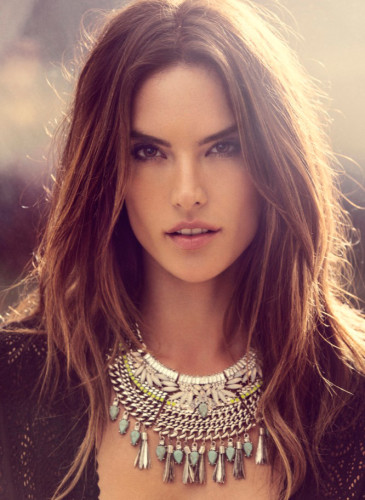 Alessandra-Ambrosio-Bauble-Bar-4web