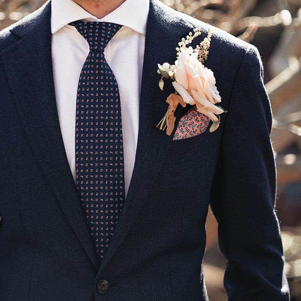 nick-buttonhole