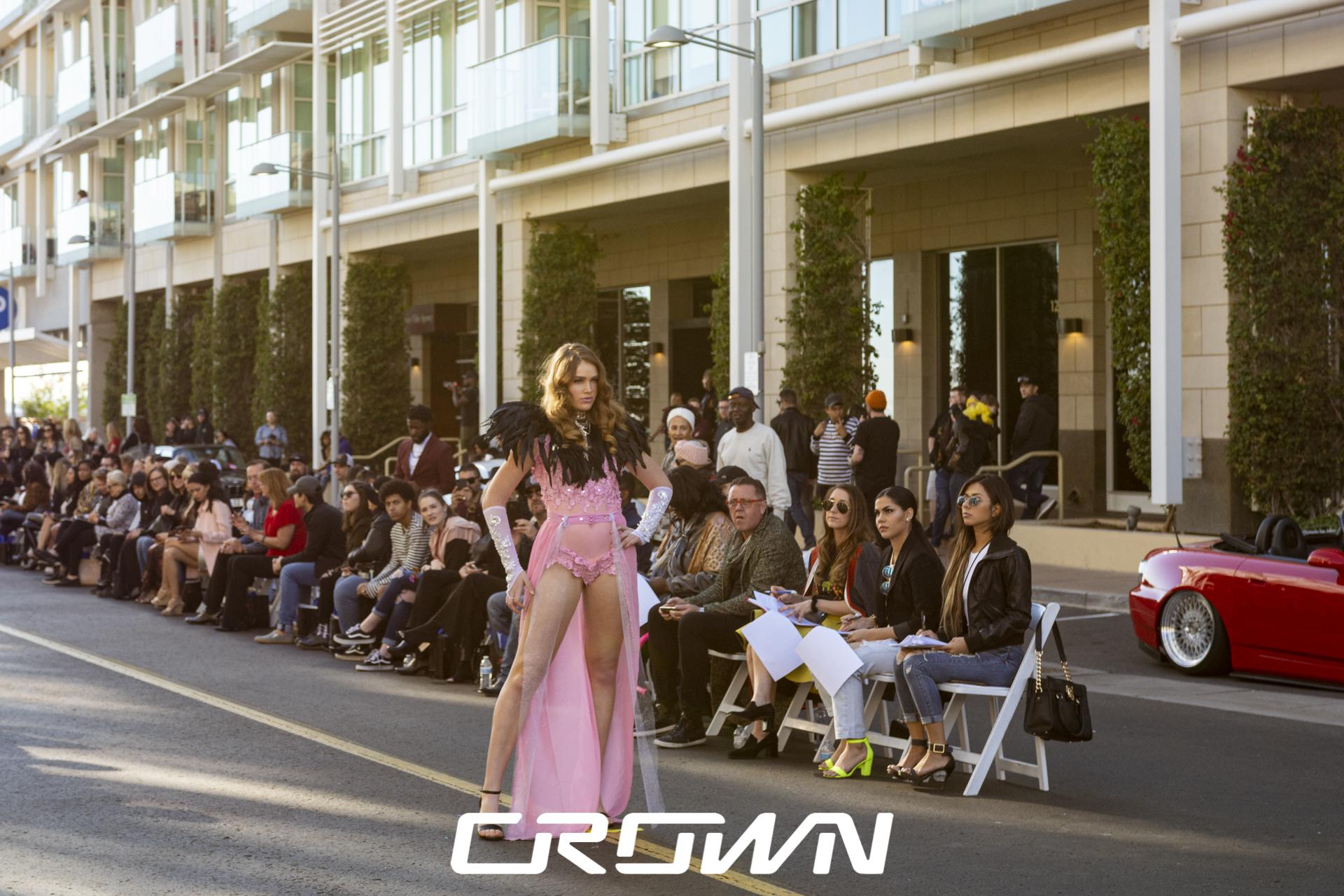 Victoria Longfellow red head model of the year Victoria secret walking fashion show