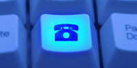 making-internet-telephone-call_via_Skype