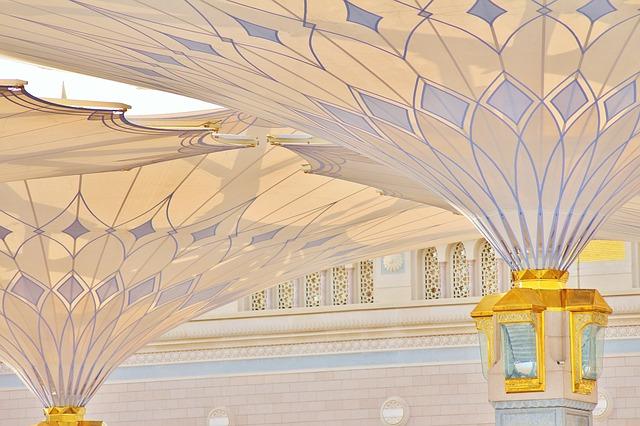 Masjid e Nabvi Umbrellas