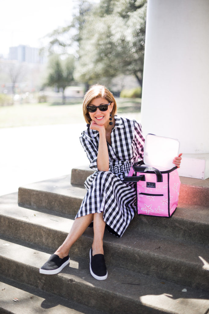 #springtrends #blackandwhitecheck #over50fashion #scoutbagcoolers